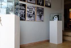 Si Tintin Positif - Installation View 4
