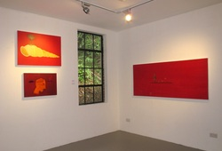 Never raise white flags (Installation view-Project Room)