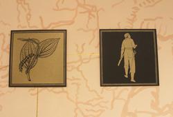 Kotak Emas (Treasure chest) Detail #1