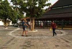WALKING STRAIGHT IN THE CITY, CUT THE KRATON (KING_S PALACE)I