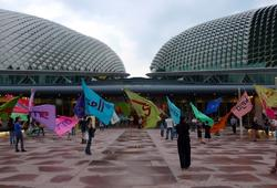 The Flag Project (Esplanade Singapore 1)