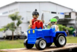 Anang Saptoto's Lego series