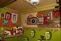 Installation View Indieguerillas