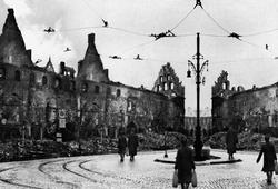 Nach Krieg / After The War #2