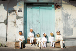 A Duet Exhibition of Iwan Effendi And Papermoon Puppet Theatre